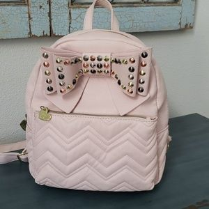 Betsey Johnson pink vegan leather bow backpack